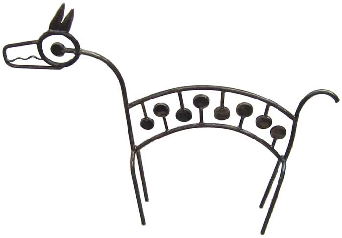 line drawing sculpture of dog