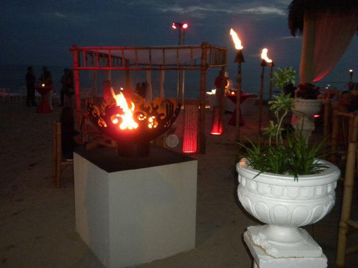 Great Bowl O' Fire 37 Inch Sculptural Firebowls™ at Tiki Beach, Grand Cayman