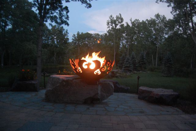 Great Bowl O Fire Firebowl with Stone Benches