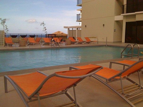 Waikiki-Parc-Hotel-02