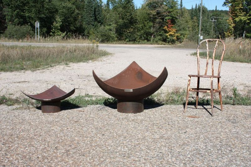 side-by-side-isosceles-firebowls