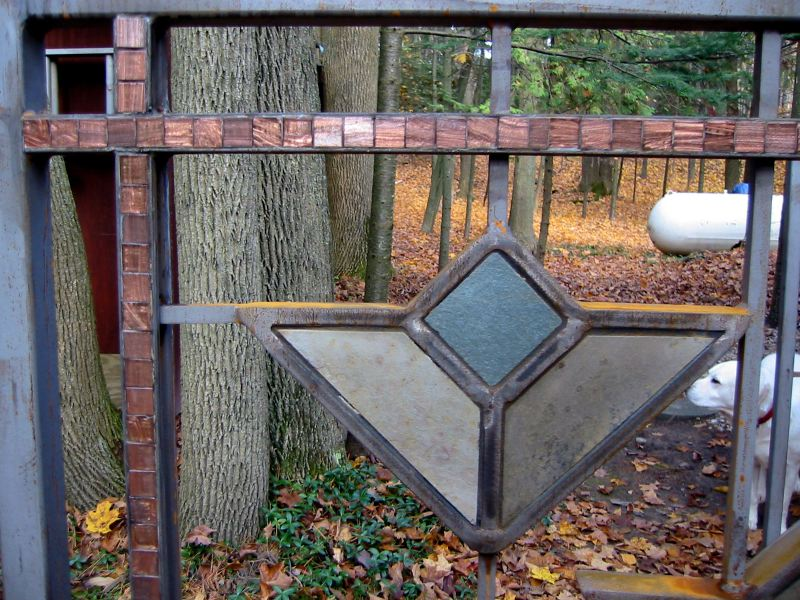 Frank Lloyd Wright Styled Fence In Steel Slate Copper