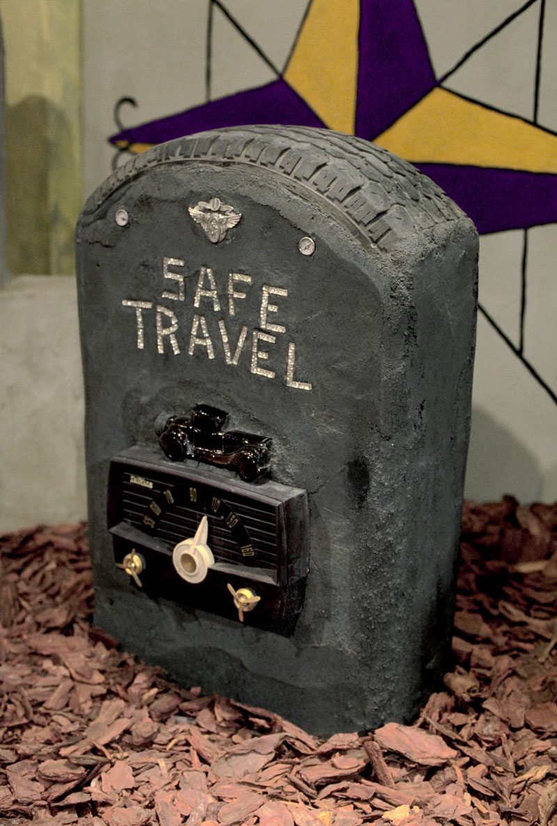 Radio Ancestrale Installation safe travel gravestone